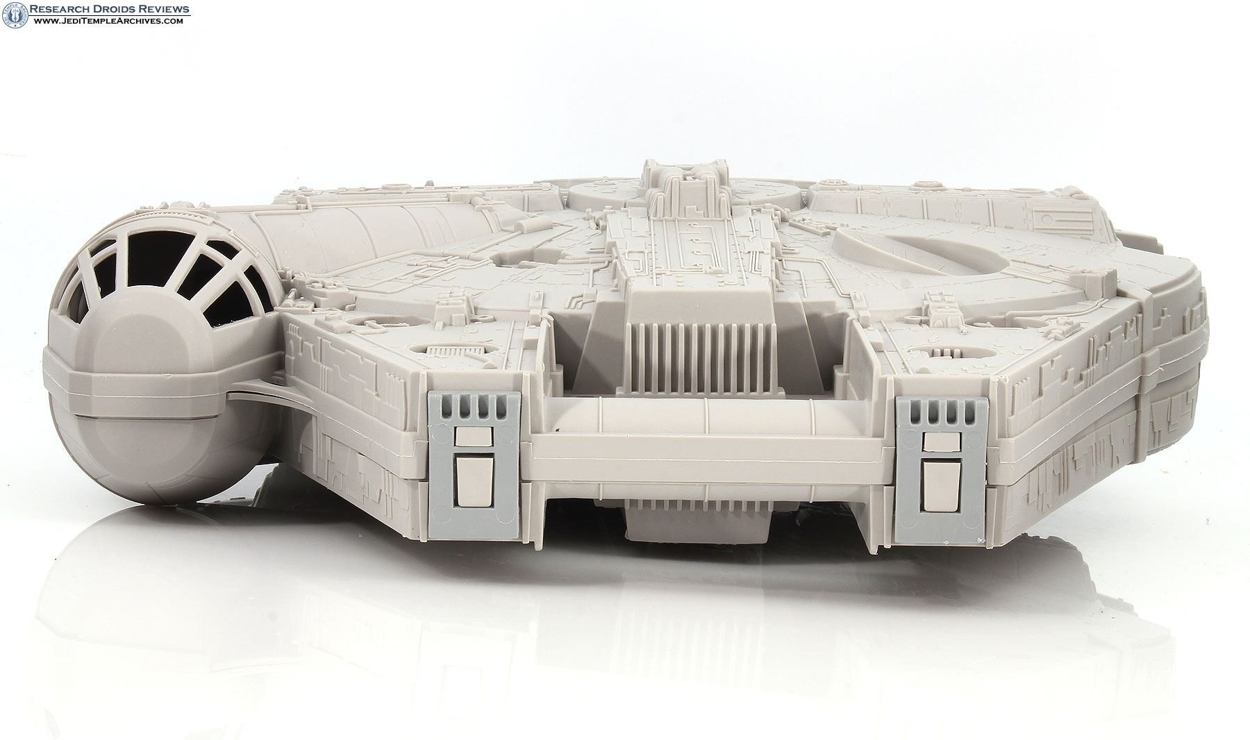 Millennium Falcon (with Imperial Scanning Crew) -